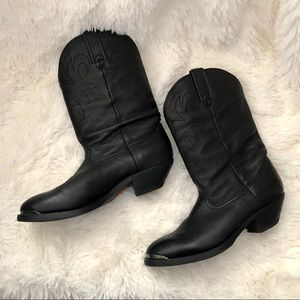 Durango black leather metal toes cowgirl boots 8